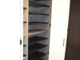内装リフォーム収納力が格段にアップ!ホワイト調で明るい空間になった玄関スペース