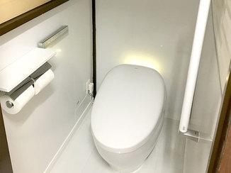 トイレリフォーム 掃除のしやすさを重視し、雰囲気がガラッと変わったトイレ
