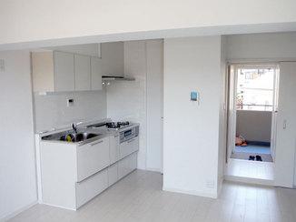 マンションリフォーム フレンチシックで明るく解放感のあるマンションリフォーム